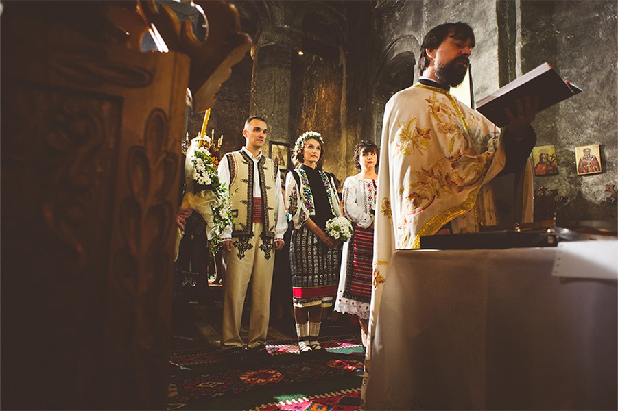 Church, wedding, emotions, Romania, traditions, pure, monk, Photo copyright Ovidiu Lesan