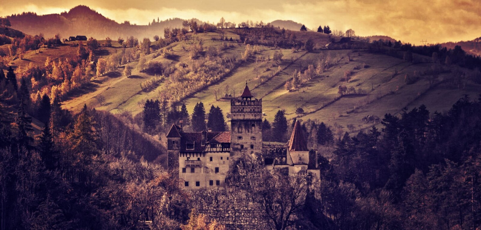 The Bran Castle, Dracula Castle, Romania, Pure Romania, Travel to Romania, copyright Bran Castle